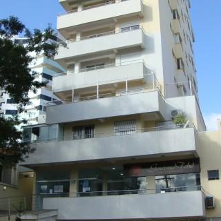 Apartamento no centro 3 dormitórios, 1 suíte