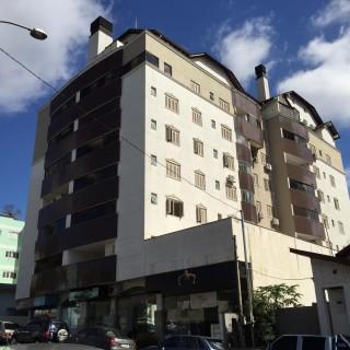 Venda apartamento de 1 dormitório com garagem, sacada e churrasqueira, no centro