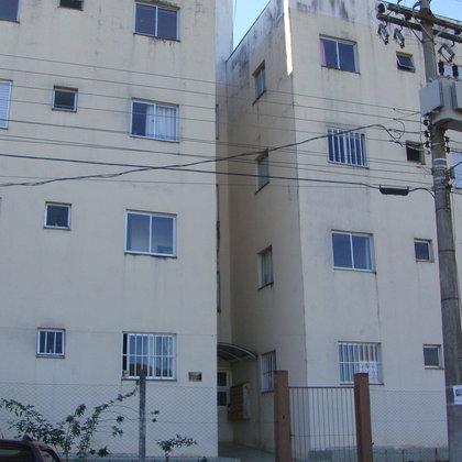 Apartamento no Bairro Frei Adelar com 3 dormitórios