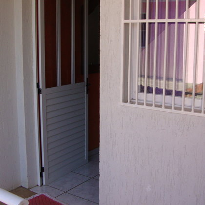 Casa 2 dormitórios no Bairro Nova Alternativa
