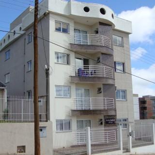 Apartamento de 1 dormitório com garagem à venda