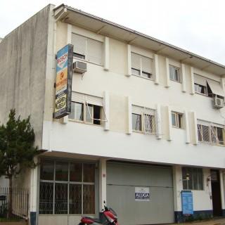 Apartamento com 3 domitórios