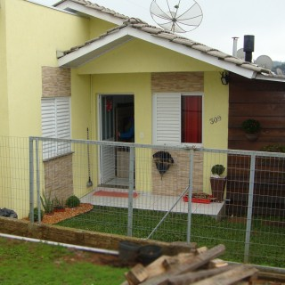 Casa de 3 dormitórios no Lot. Bem Viver