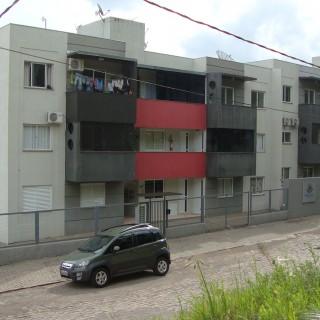 Apartamento à venda de 1 dormitório com vaga de garagem coberta