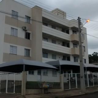 Apartamento à venda com 2 dormitórios no Bairro Santo Expedito