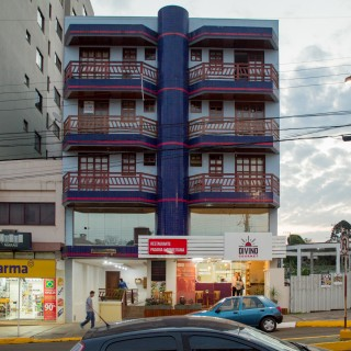 Apartamento à venda no centro com 1 dormitório e vaga de garagem